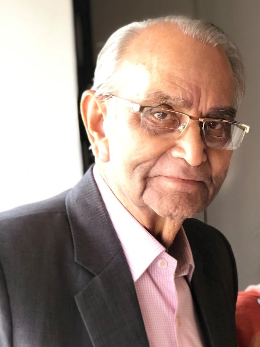 Sri HCS Photograph